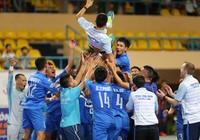 Thái Sơn Nam vô địch sớm một vòng