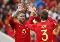 Cầu thủ Tây Ban Nha hãy tập trung vào bóng đá đi