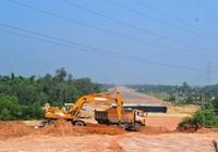 Quảng Nam liên tiếp đề nghị chỉnh sửa đường cao tốc để thoát lũ