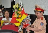 Cậu bé ung thư ở Đà Nẵng lần thứ 2 khoác áo CSGT