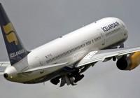 Máy bay hành khách bị sét đánh thủng giữa trời