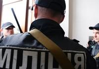 Cản dân đánh nhau: Cảnh sát bị giết, kéo lê 13 cây số