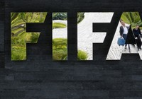 FIFA lại chuẩn bị 'dính đòn' của cục thuế Hoa Kỳ