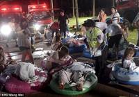 Chùm ảnh: Cháy công viên nước Đài Loan, hơn 100 người nguy kịch