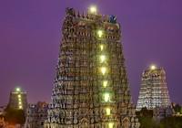 Hút hồn trước ngôi đền 33.000 bức điêu khắc đủ màu sắc