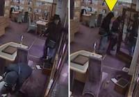 'Hiệp sĩ mù' chặn vụ cướp kim hoàn gần triệu bảng Anh