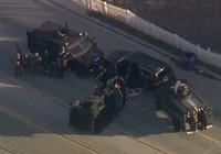 Clip cảnh sát Mỹ bố ráp rầm rộ vụ xả súng tại California
