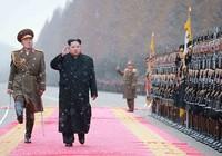 Ông Kim Jong-un ra lệnh chế tạo vũ khí tối tân hơn nữa