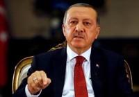 Thổ Nhĩ Kỳ đóng cửa hàng ngàn trường học, cơ sở từ thiện