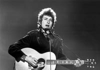 Nhạc sĩ nổi tiếng Bob Dylan đoạt Nobel văn chương