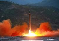 Triều Tiên phóng thử tên lửa, bay được 500 km