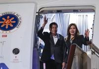 Ông Duterte sang Nga mua bom thông minh