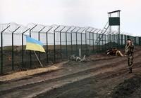 Ukraina đòi xây pháo đài 'bất khả xâm phạm' sát Nga