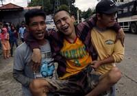 2.000 dân kẹt lại Marawi, chân rết IS dọa tử hình