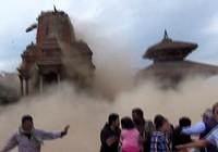 Video: Khoảnh khắc 'viên ngọc văn hoá' của Nepal bị động đất tàn phá