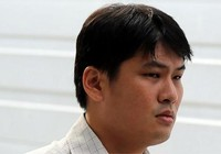 Singapore phạt tù kẻ chuyên quay lén dưới váy phụ nữ