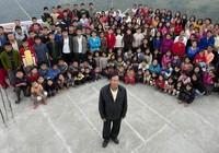 Người đàn ông có 39 vợ và 127 con cháu sống chung nhà