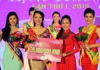 'Nhầm' người đẹp thành hoa hậu, bị phạt 15 triệu đồng