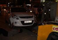 Ô tô mất lái gây tai nạn liên hoàn trong nội đô Biên Hoà