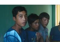 Làm việc nặng, ba thanh thiếu niên trốn khỏi rừng