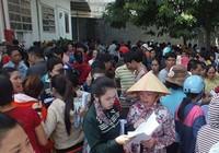 Ứng lương cho hơn 1.000 lao động mất việc ở Hóc Môn
