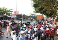 Thai phụ bị xe container cuốn vào gầm