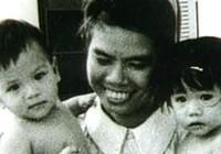 40 năm của em bé sống sót sau tai nạn máy bay không vận