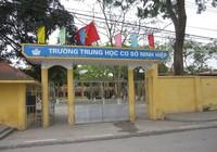 Hà Nội: Hàng nghìn học sinh nghỉ học phản đối xây trung tâm thương mại