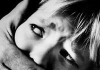 Bắt cóc trẻ em: Cảnh báo con như thế nào?