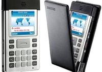 Một thí sinh bị đình chỉ vì mang máy tính giống điện thoại