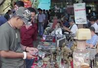 Phiên chợ đồ cổ độc nhất ở miền Tây