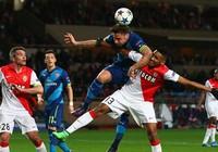 Lượt về vòng 1/8 Champions League: Bóng đá Anh tê liệt