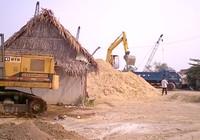 Bãi cát trái phép 10 năm chưa bị di dời