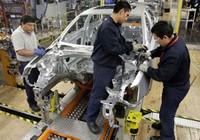 Ngành sản xuất ô tô trong nước lâm nguy
