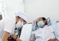 Người bệnh trả lương cho bác sĩ nhưng không được làm ông chủ