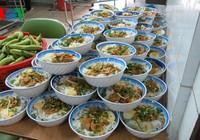 Ngộ độc thực phẩm tập thể do giá trị bữa ăn thấp