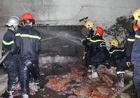 Cháy kho hóa chất, 17 chiến sĩ PCCC bị thương