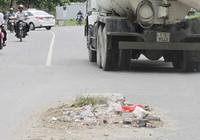 Chân đế bẫy giữa đường gây té xe