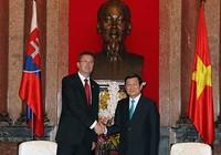 Việt Nam-Slovakia thúc đẩy hợp tác quốc phòng