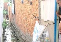 Hút hầm cầu, thải nước ra khu dân cư