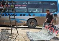Xử nghiêm nạn ném đá vào xe khách