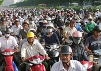 Thu phí xe máy, lòng dân và sự dũng cảm