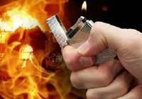 Chém bạn nhậu không được nên mua xăng đốt nhà
