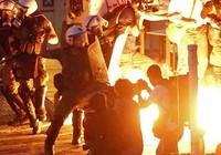 Quốc hội Hy Lạp ủng hộ cải cách để vay tiền