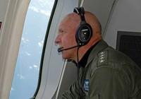 Đô đốc Mỹ bay giám sát biển Đông