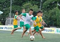 Dùng biệt thự riêng làm học viện bóng đá