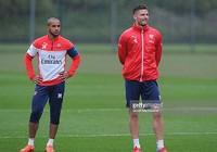 Arsenal - West Ham: Wenger cần một sát thủ nặng ký