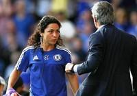 Khi Mourinho cố tình đóng vai ác