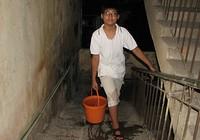 Dân Hà Nội khổ vì đường ống nước sông Đà vỡ lần thứ… 13
