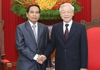 Không ngừng phát triển đoàn kết Việt-Lào